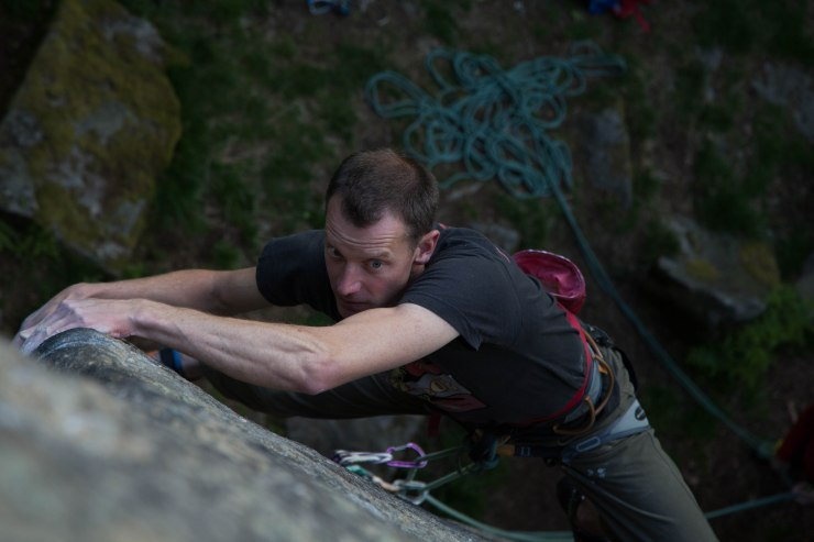 Jack Geldard re-kindling his own love with gritstone trad climbing on Auto da Fe (E4 6a) at Rivelin