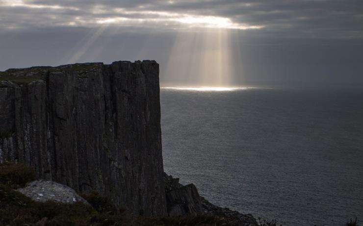 Rays of light over Fair Head