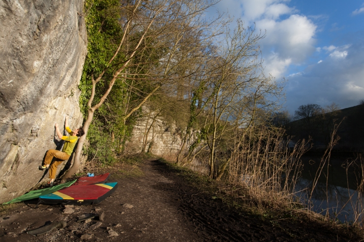 Bouldering at Kudos Wall as the sun sets, back in mid-April. Despite the grim nature of the holds, plus the obscene polish on the footholds, there's something strangely endearing and pleasantly tranquil about this spot.